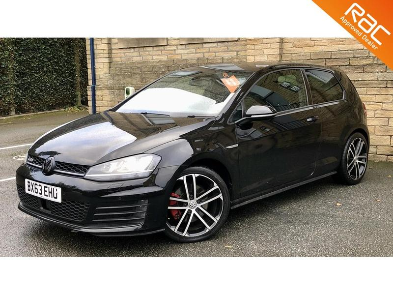 View VOLKSWAGEN GOLF GTD 3 Door
