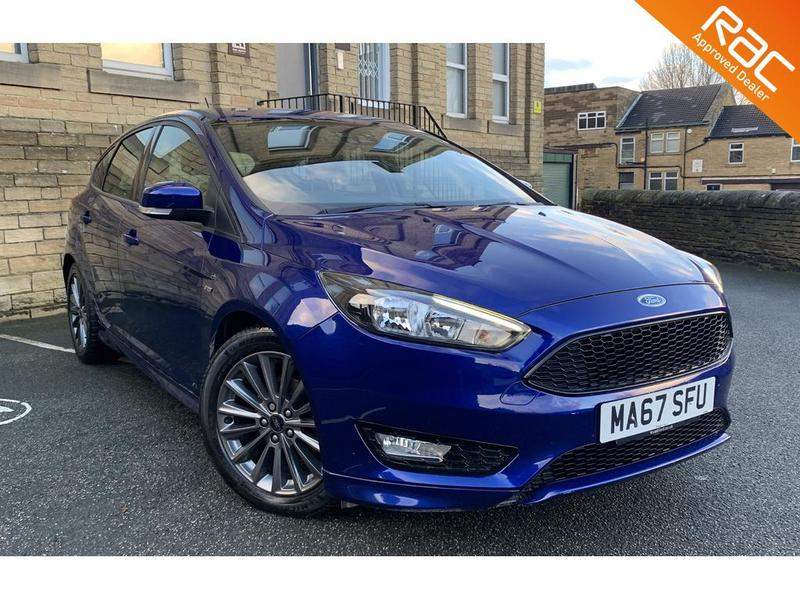 View FORD FOCUS ST-LINE TDCI